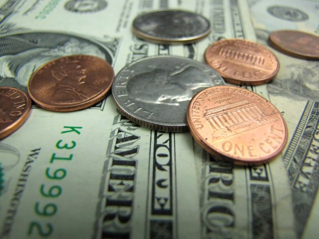 2738-close-up-of-us-currency-pv