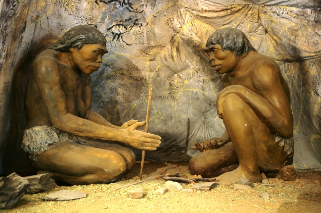 Diorama,_cavemen_-_National_Museum_of_Mongolian_History.jpg